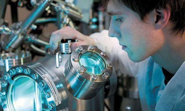 Наука допомагає зрозуміти сенс життя. Перетворення світу зі споживального у світ творчий. Пізнавальна хвилинка
